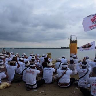 Ritual pakelem di Tanjung Benoa