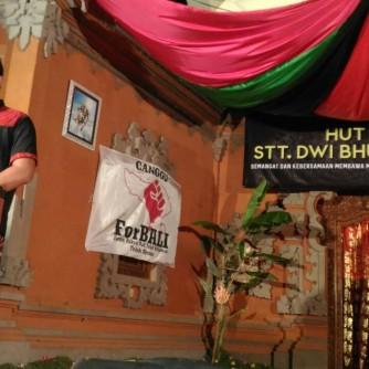 STT Dharma Santi Tolak Reklamasi 01