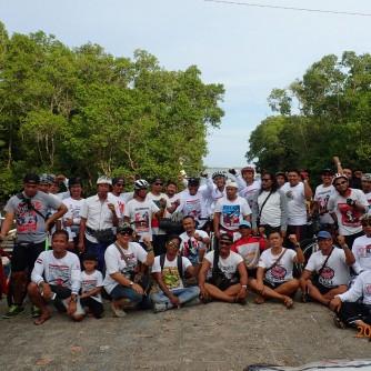 Foto Bersama Di Desa Adat Kelan Usai Penancapan Bendera ForBALI