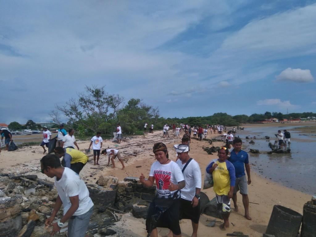 Bersih sampah Pulau Pudut 4