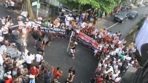 Aksi budaya di perempatan desa Buduk Mengwi