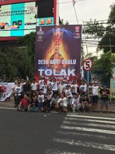 Desa Adat Bualu ; pemasangan Baliho di Pertigaan Tol Nusa Dua (1)(1)