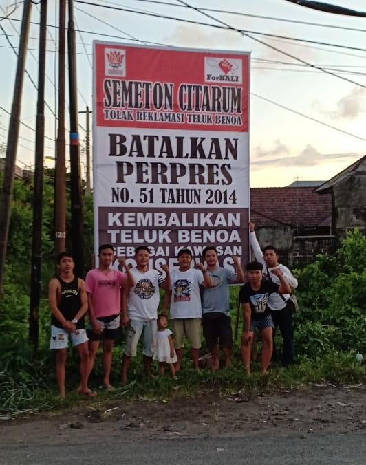 2019-01-20-dokumentasi rilis Desa Adat Kuta Dan Semeton Citarum, Dirikan Baliho Protes Ijin Lokasi reklamasi (2)