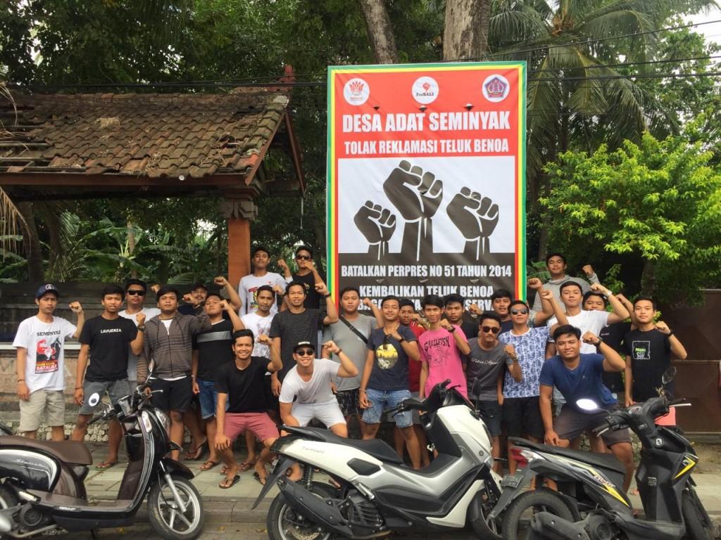 2019-01-27- dokumentasi rillis-Serentak FAN Seminyak, Forum Pemuda Karangasem dan ST Elang Pasang Baliho BTR, Siap Lawan Izin Lokasi Susi Pudjiastuti  (2)