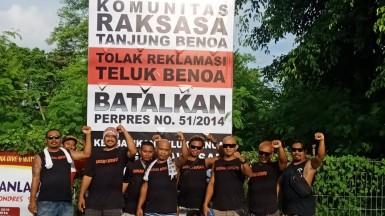 Pendirian Baliho Oleh Komunitas Raksasa Tanjung Benoa, Rabu 27 Februari 2019 (2)